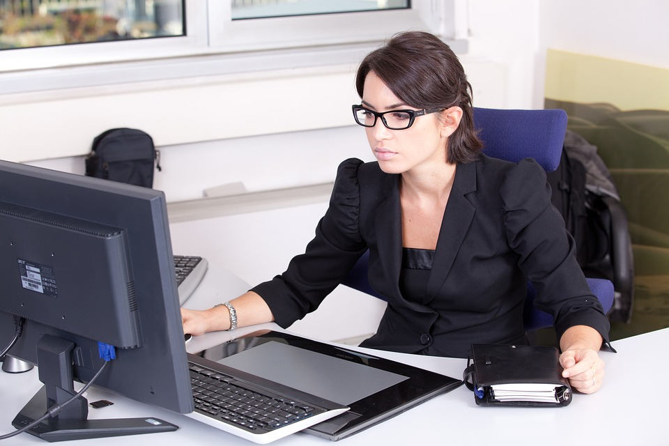 Seeking Secretarial Job