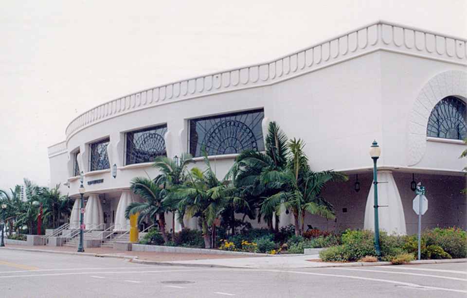 Career Services Company Donates Career Coaching Book to the Sarasota County Library
